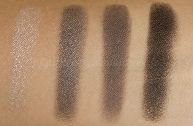 Burberry : Complete Eye Palette No. 01 Smokey Grey