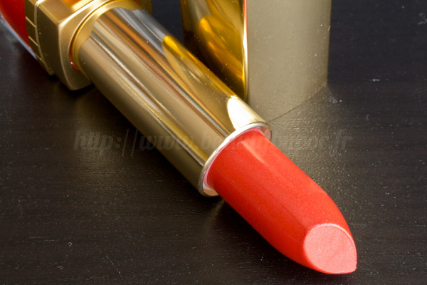 Estée Lauder : Pure Color Rouge Lumière Intense Fireball & Forbidden Apple