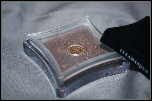 Illamasqua Pure Pigment Ore - The Art of Darkness Automne Hiver 2010
