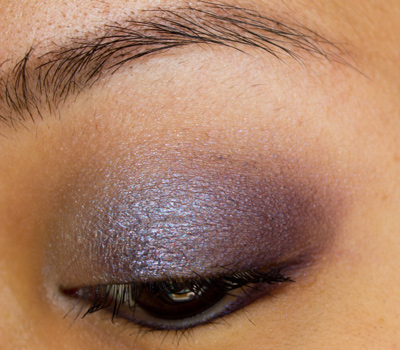 Make-up #61 : Hint of Sapphire de MAC + Black Palette d'Urban Decay