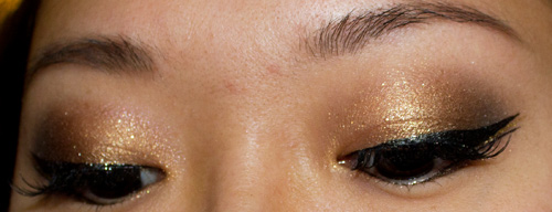 Make-up #70 : De l'or, des faux-cils, du liner ! - MU de fêtes :)