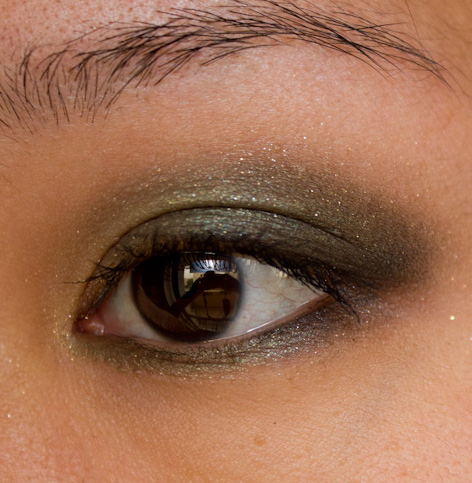 Make-up #81 : Karl for Shu Smoky Velvet Palette / Khaki is my love (again)