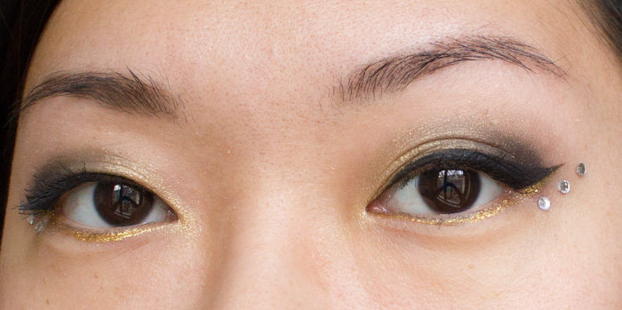 Make-up #96 : Make-up de Fêtes ! / Or, strass & liner