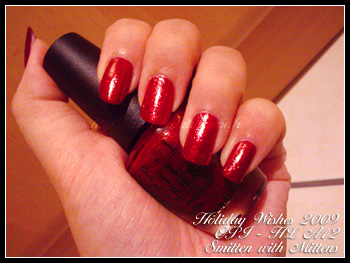 opi_smittenwithmittens02