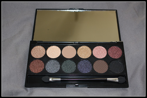 Sleek MakeUp Palette i-Divine Storm