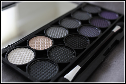 Sleek MakeUp i-Divine Graphite