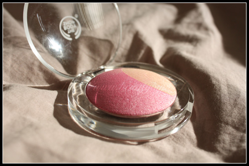 The Body Shop Blush Pétale Baked-to-Last Colours Summer 2010