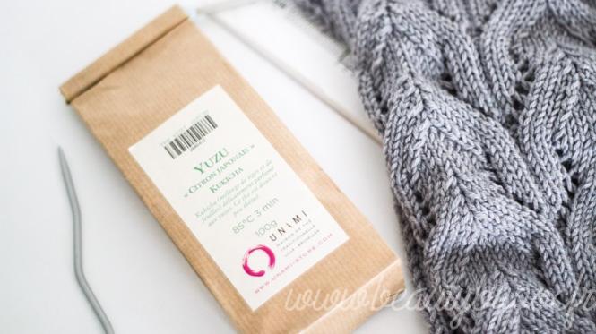 Tricot & thé : Yuzu Kukicha d'Unami et tricot tout doux de Phildar